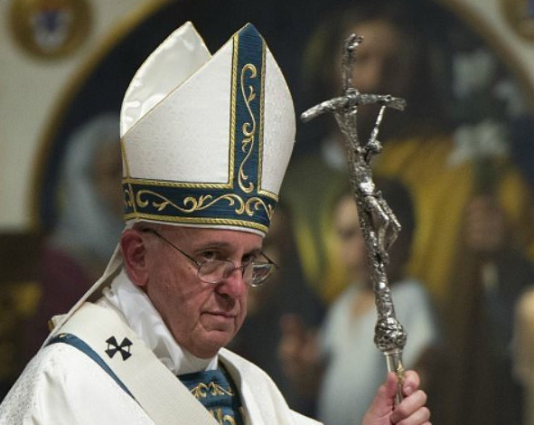 pope-francis-in-white-with-twisted-cross